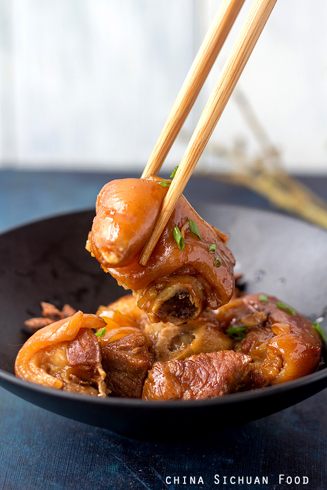 red braised pig trotter China Sichuan Food