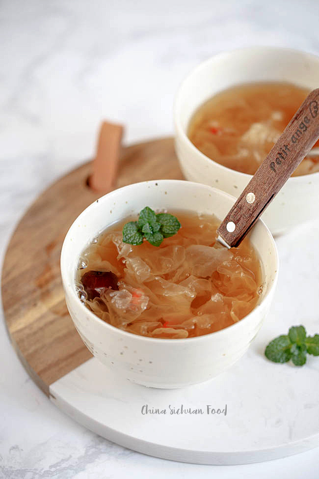 snow fungus soup|chinasichuanfood.com