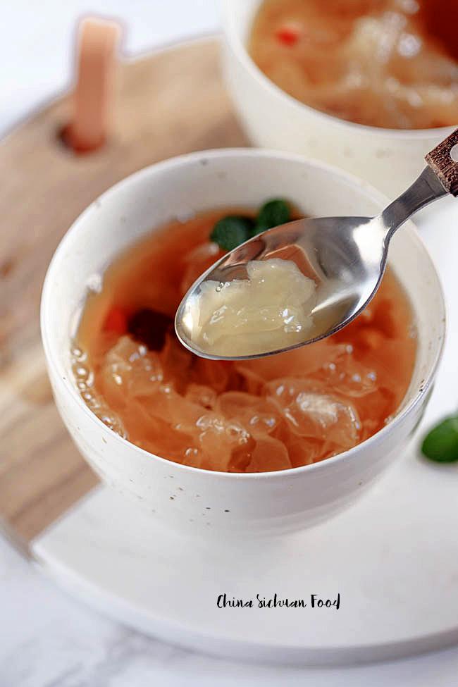 snow fungus soup|chinasichuanfood.com
