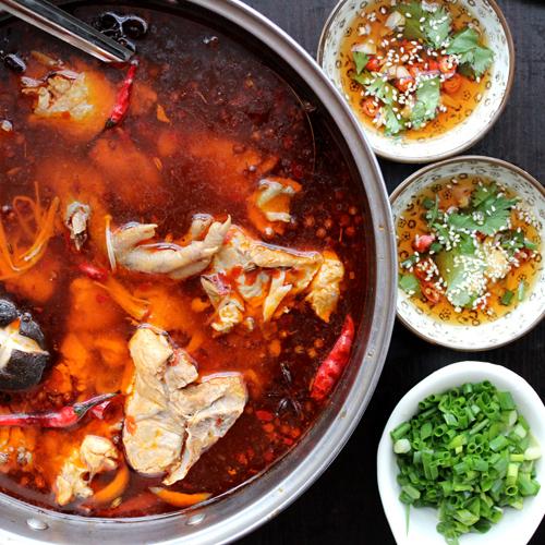 Chicken Hot Pot(辣子鸡火锅)