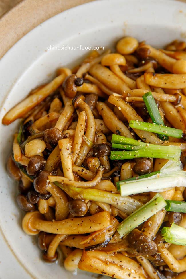 mushroom stir fry|chinasichuanfood.com
