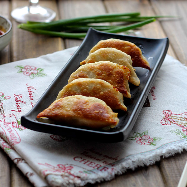 ... dumpling recipe pork chives Pork and garlic chive dumpling recipe