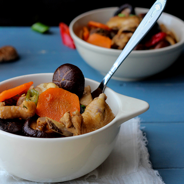 Braised Chicken with Dried Mushrooms