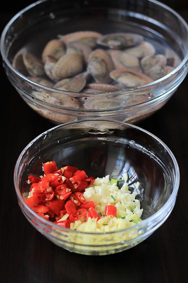 spicy clam stir fry