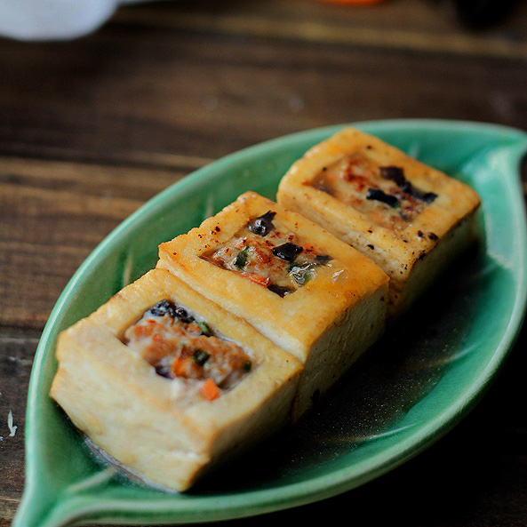 Braised Chinese Stuffed Tofu – China Sichuan Food