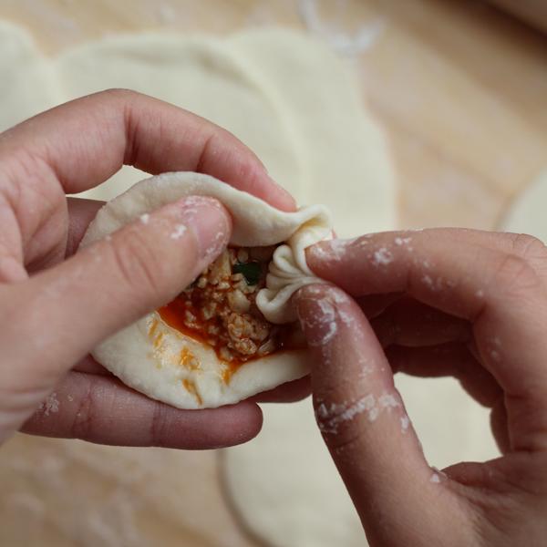 Baozi—how to fold baozi