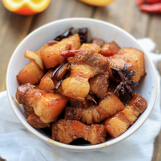 Red braised pork belly|ChinaSichuanfood