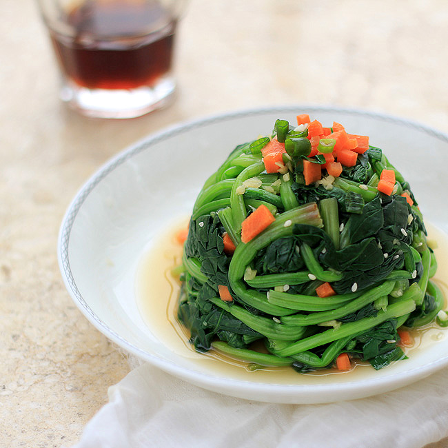 sesame ginger dressing spinach