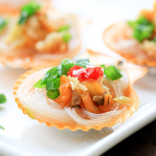 steamed scallops with vermicelli