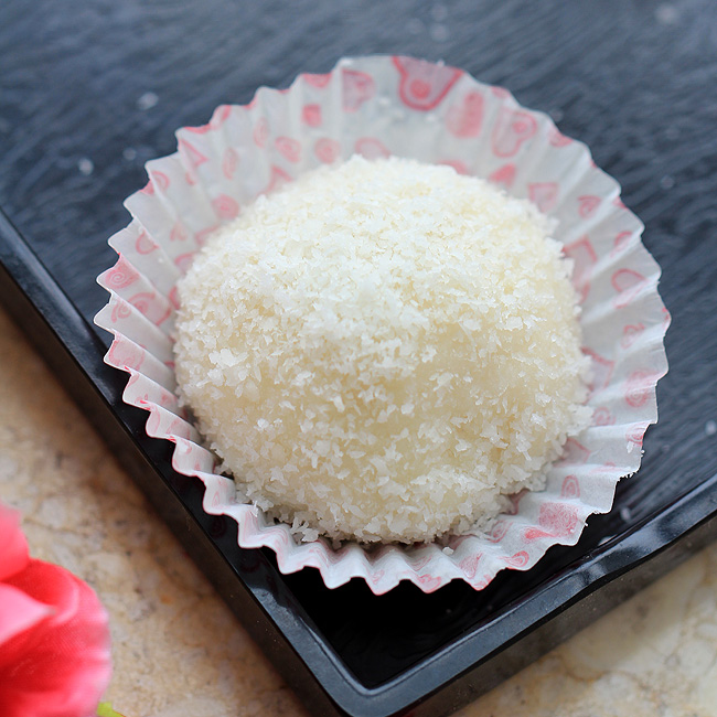 Sticky Rice Cake with Coconut-Nuomici | China Sichuan Food