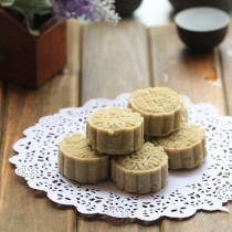 Green Mung Bean Cake