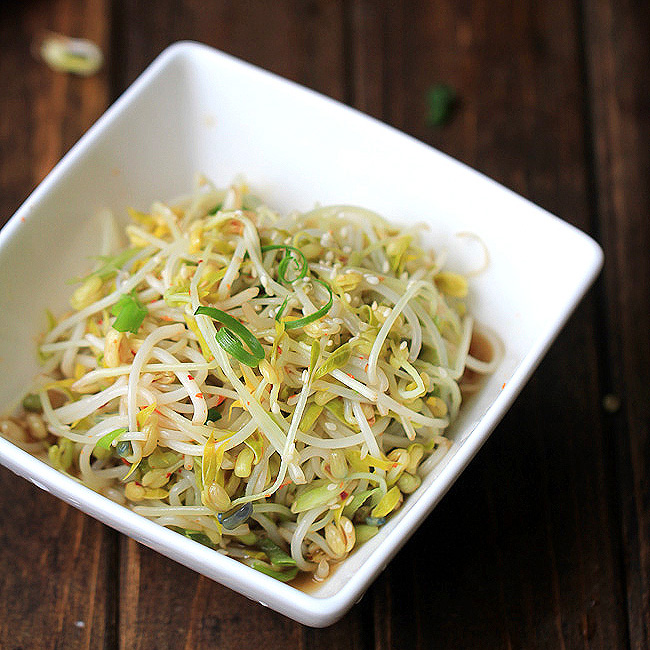 mung bean sprouts salad