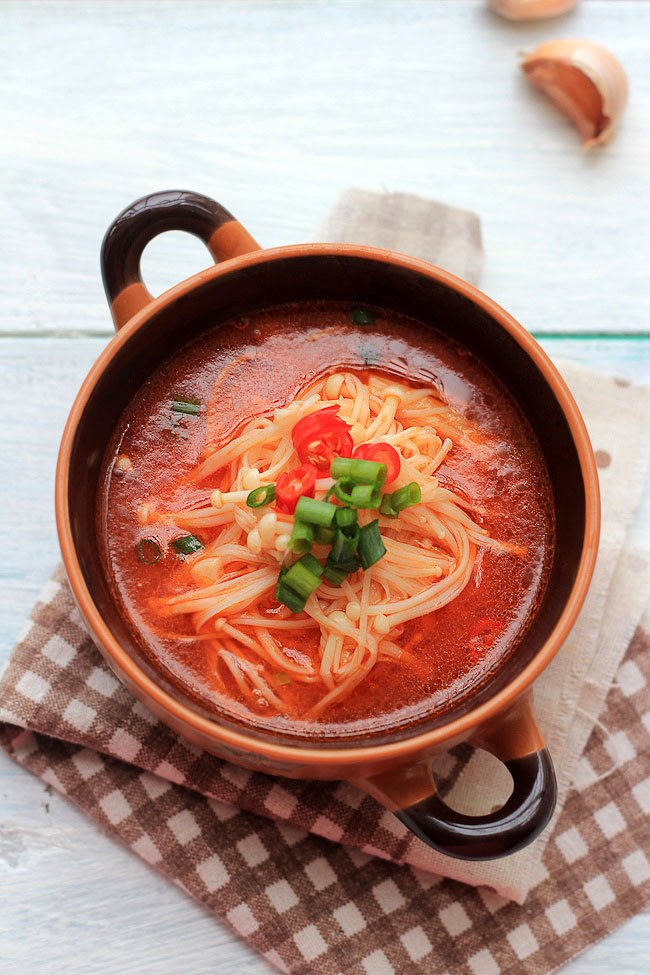 enoki mushroom soup_-5