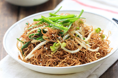 soy-sauce-fried-noodles-400
