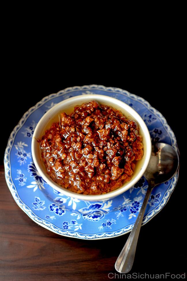 zhajiangmian-minced pork noodles