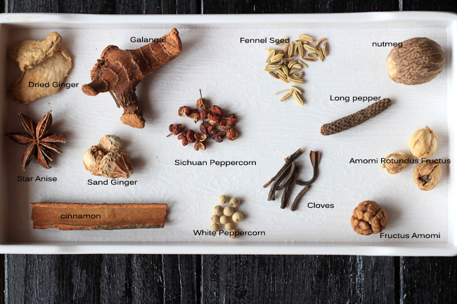 homemade-Chinese-Five-spice-powder-other-Chinese-spices