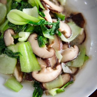 bok choy stir fry with mushrooms