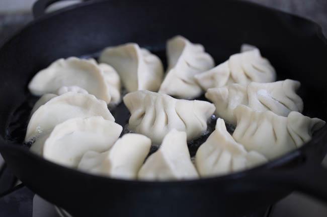 how to make chinese dumplings youtube
