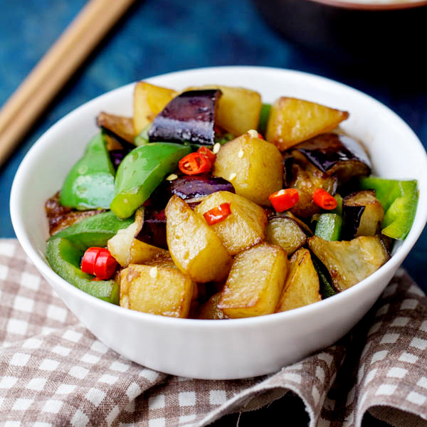 Di san xianchinese sauted potato eggplants and green peppers di san xianchinese sauted potato eggplants and green peppers china sichuan food forumfinder Images