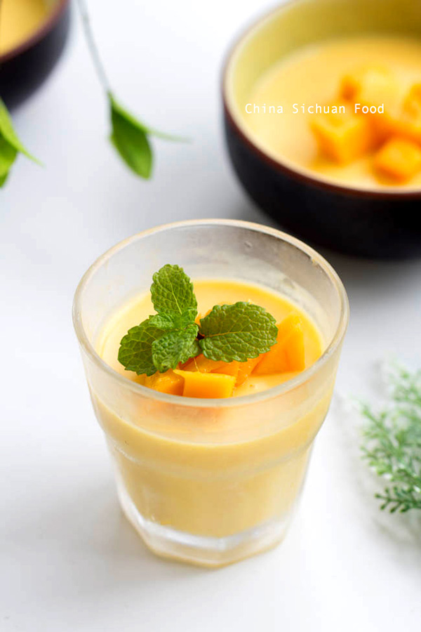 mango pudding by China Sichuan Food
