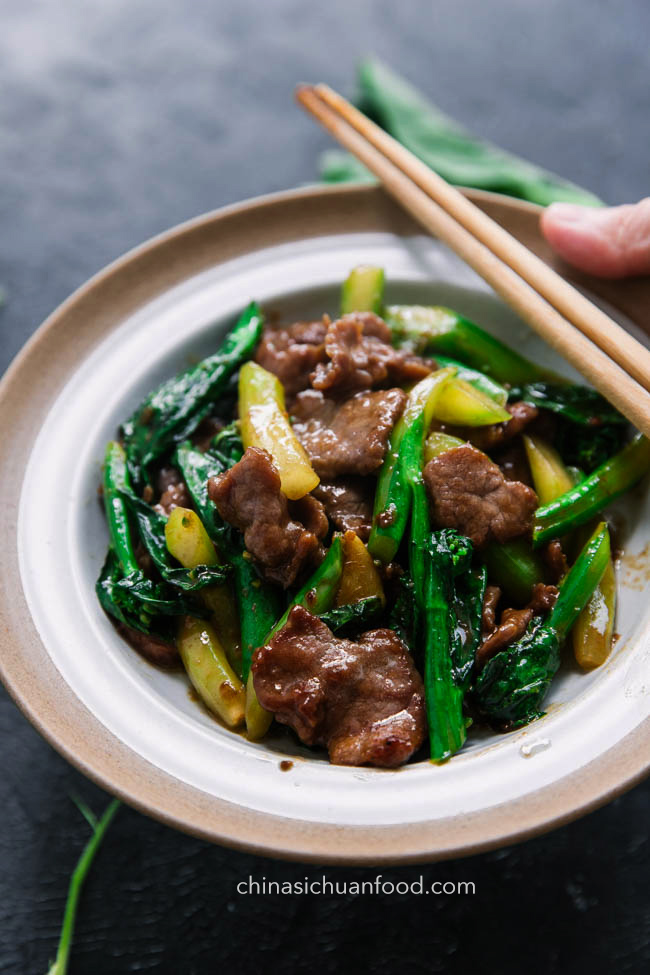 beef and Chinese broccoli |chinasichuanfood.com
