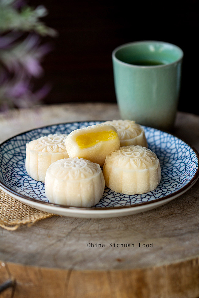 Snow Skin Mooncake-Video Recipe with Custard Filling – China Sichuan ...