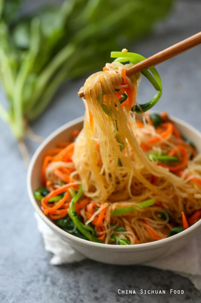 Bean thread noodles salad