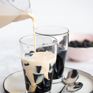 Grass Jelly (cincau)