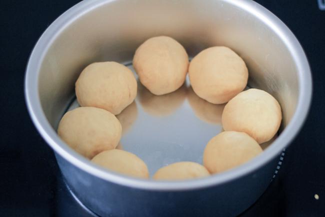 milk buns steps