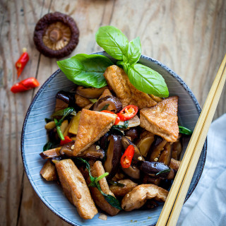 Braised Tofu with Chinese Mushroom