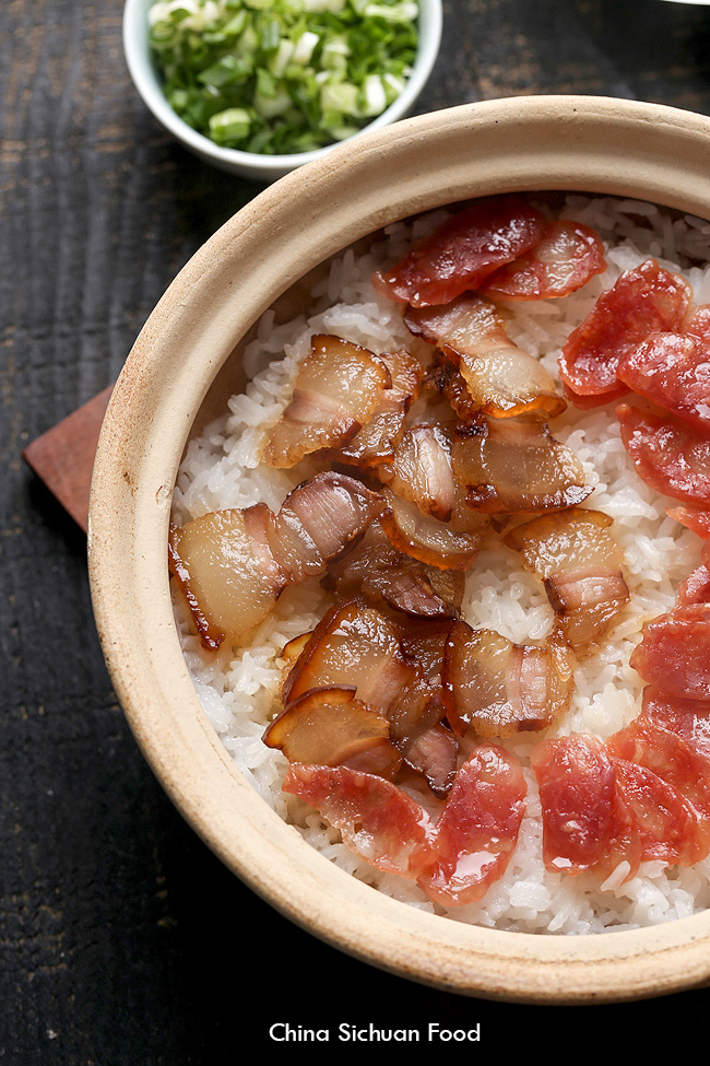 Chinese Cured Pork Belly (Chinese Bacon) clay pot rice