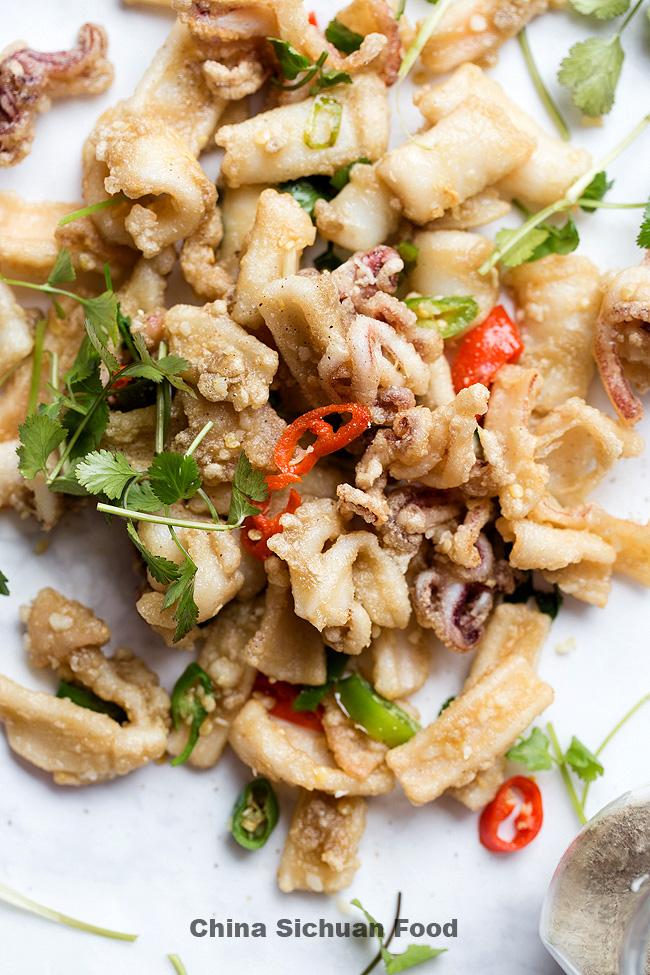 salt and pepper squid| chinasichuanfood.com