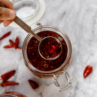 Chili oil from dried whole peppers|chinasichuanfood.com