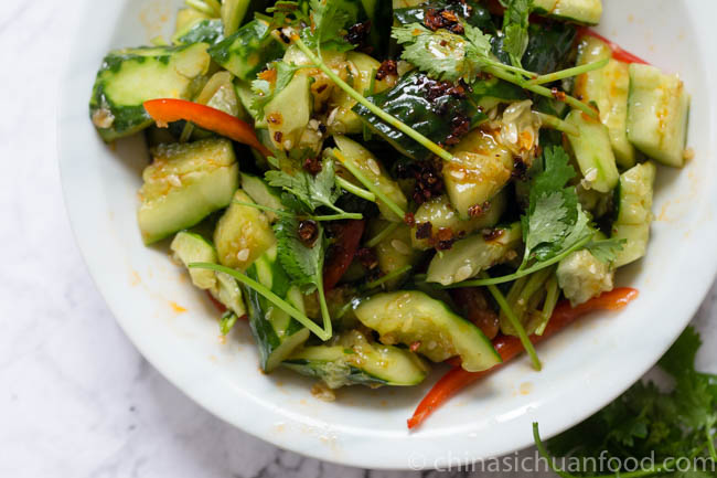 smashed cucumber salad|chinasichuanfood.com