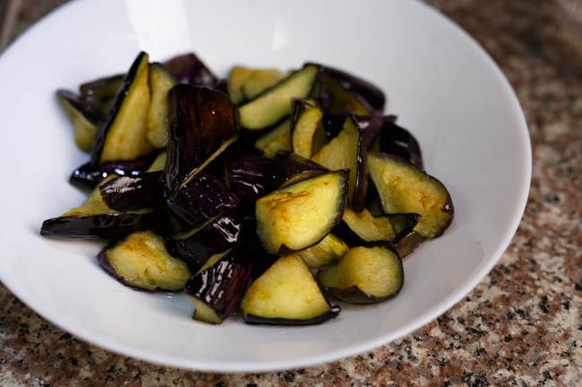 Eggplant with garlic| chinasichuanfood.com