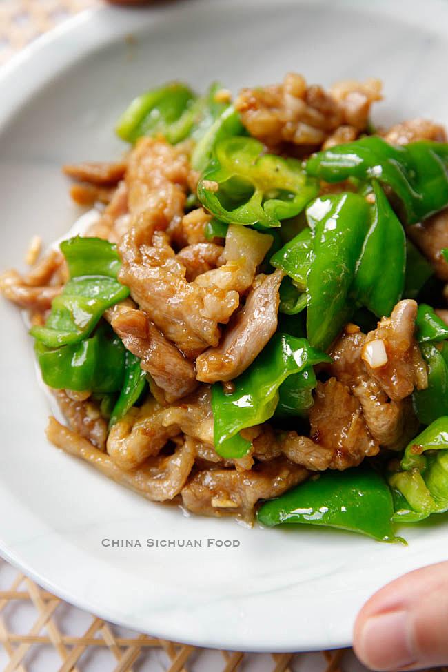 pork and pepper stir fry|chinasichuanfood.com