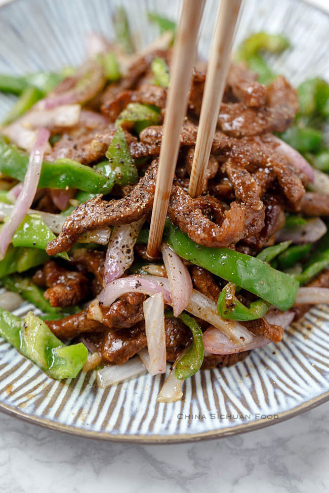 black pepper beef stir fry|chinasichuanfood.com