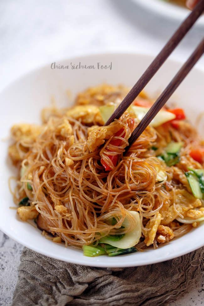 vegetarian chow mei fun|chinasichuanfood.com