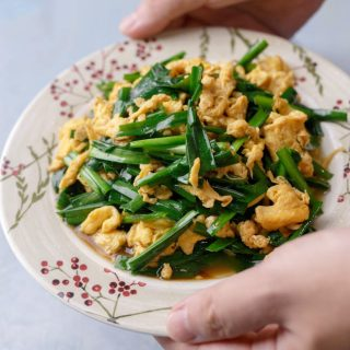 Chinese chive and egg stir fry|chinasichuanfood.com