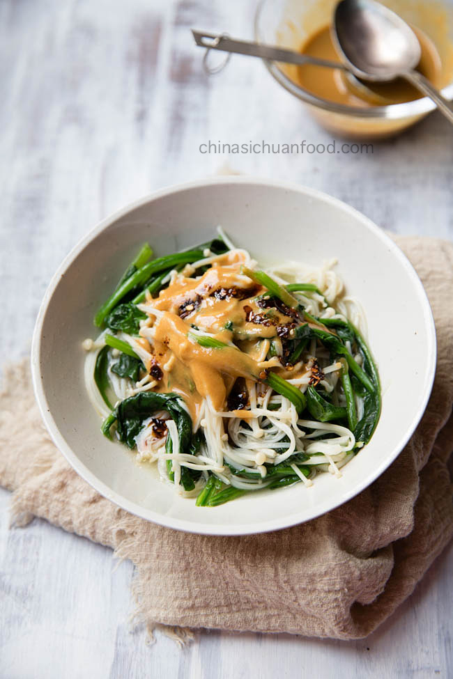 sesame spinach salad|chinasichuanfood.com