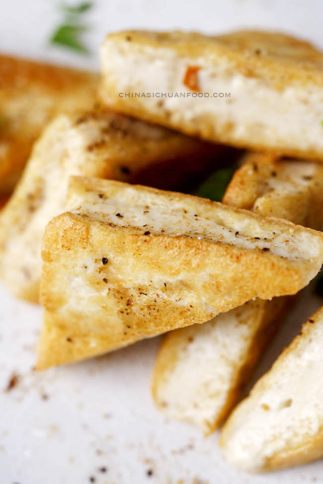 salt and pepper tofu|chinasichuanfood.com
