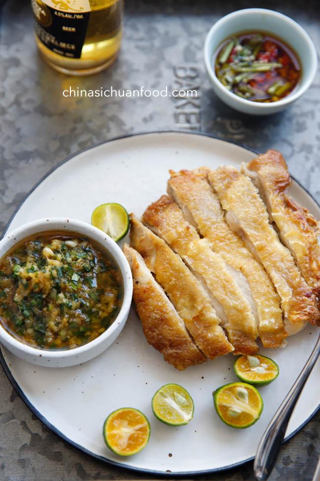 crispy chicken with scallion oil|chinasichuanfood.com