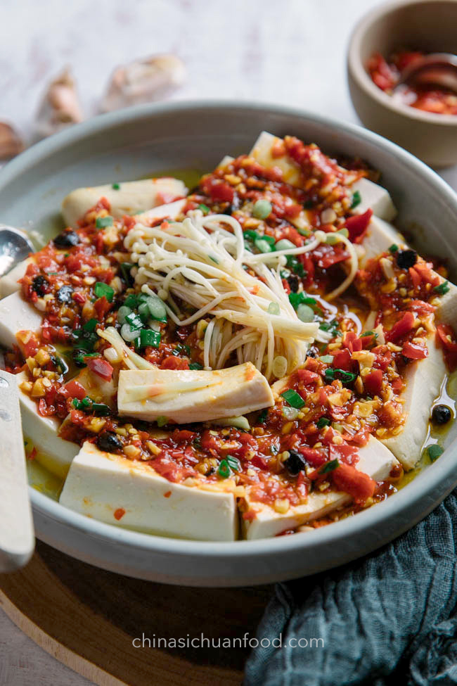steamed tofu with chili sauce|chinasichuanfood.com