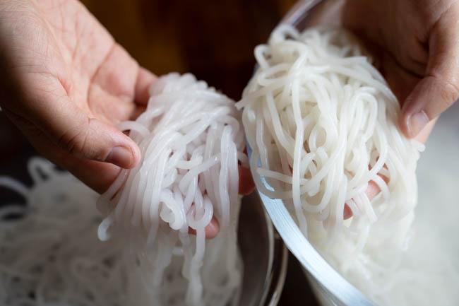 homemade rice stick noodles|chinasichuanfood.com