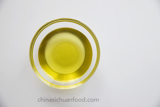 Sichuan peppercorn oil |chinasichuanfood.com