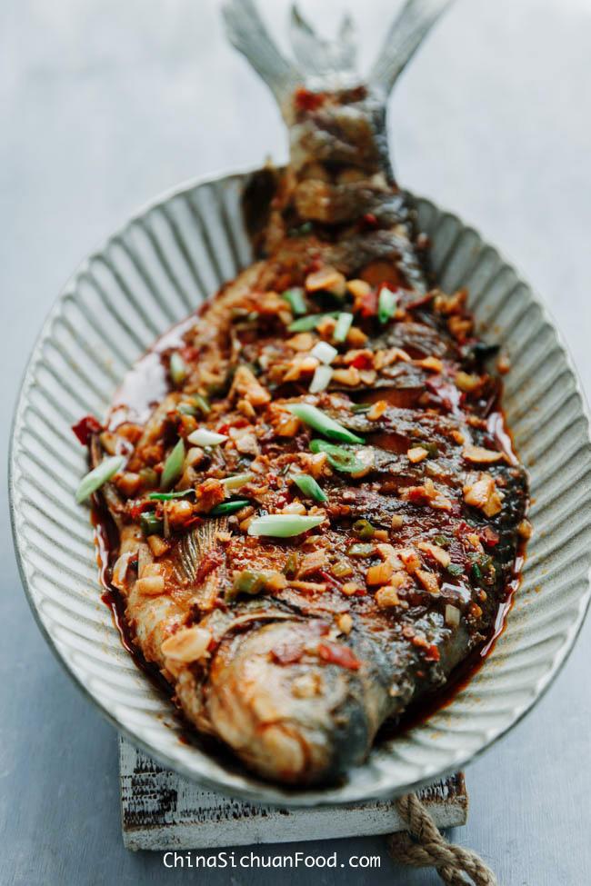 red braised fish chinasichuanfood.com