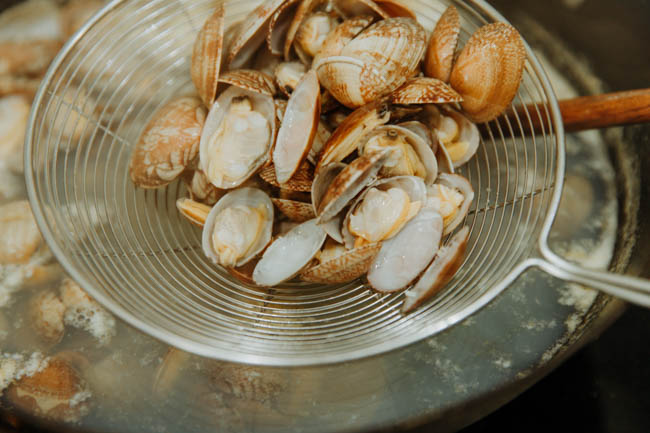 clam with glass noodles|chinasichuanfood.com